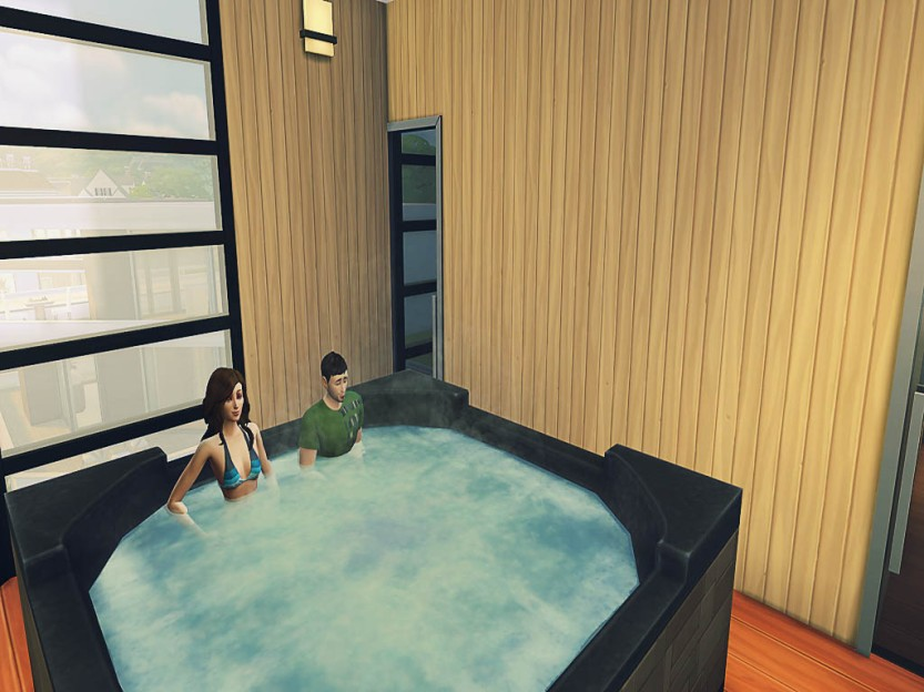 Rory & Penguinwa in the Hot Tub
